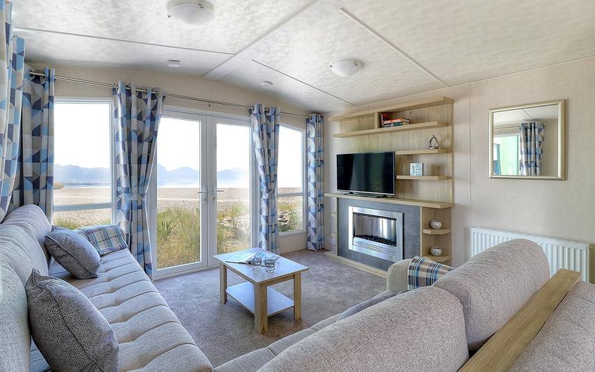 Atlantic lounge