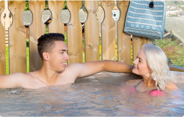 Lodges with hot tubs. Devon holiday parks