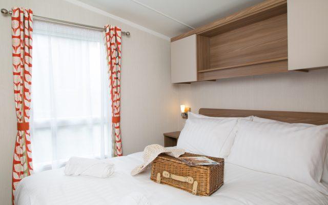 Platinum Hot Tub Bedroom