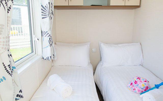 platinum twin-bedroom