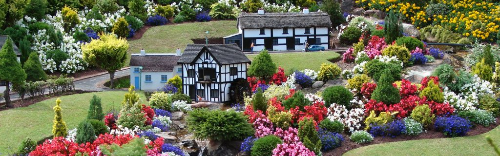 Babbacombe Miniature Village award winning gardens
