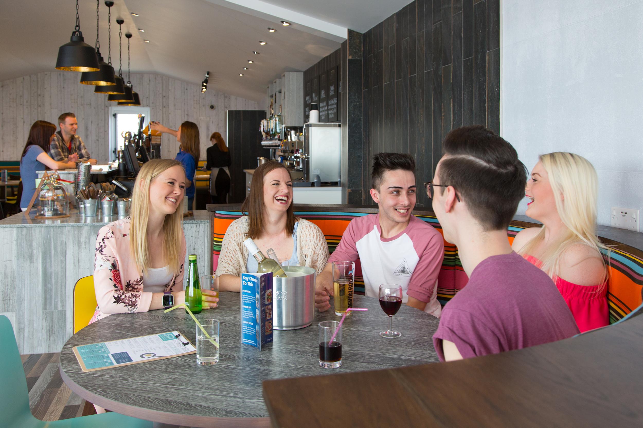 Jetty Lounge, Bar & Terrace
