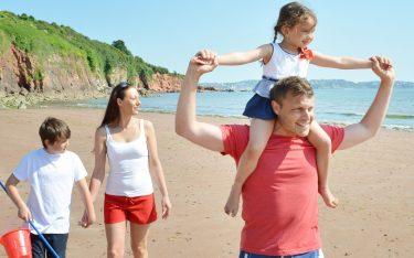 broadsands-beach-summer-family-holiday