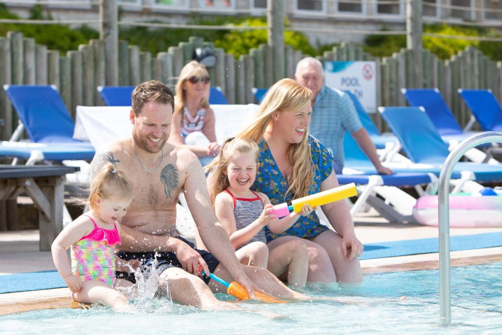 family-holiday-outdoor-pool-devon