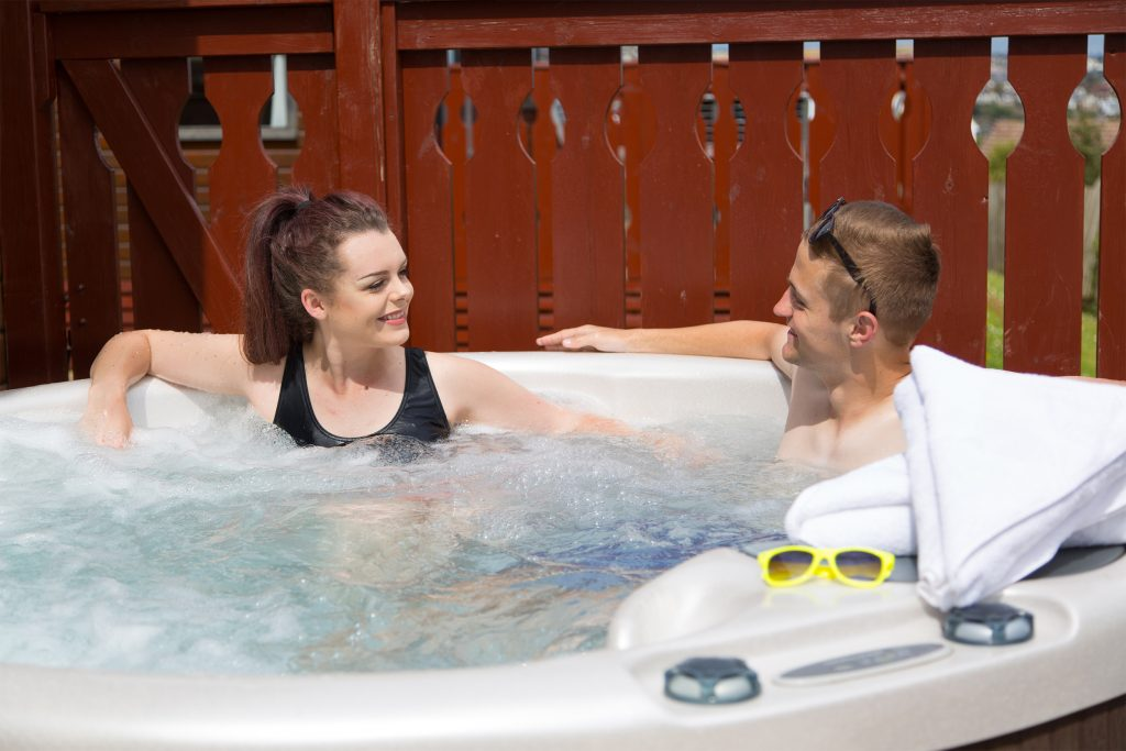 hot-tub-lodges-devon