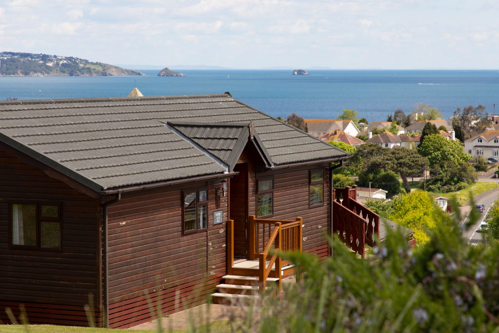 lodges-beverley-holidays-devon