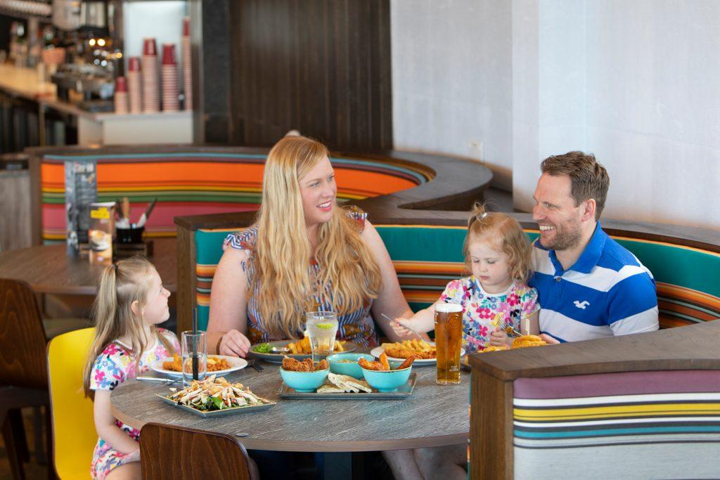 restaurant-beverley-holidays-devon