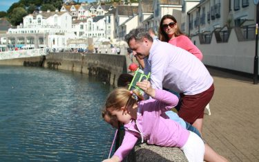 crabbing-brixham-devon